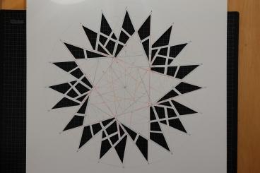 mønsteret tegnes op